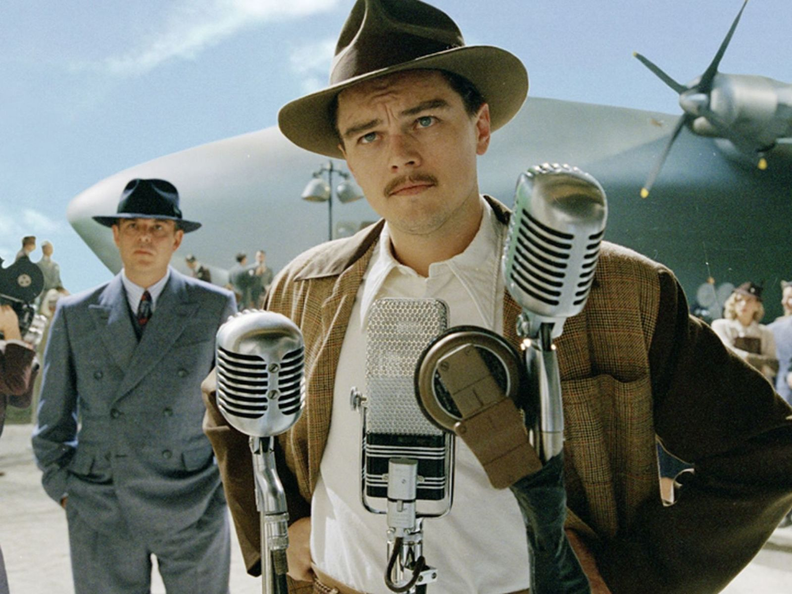 No Merchandising. Editorial Use Only. No Book Cover Usage. Mandatory Credit: Photo by Warner Bros./Kobal/REX/Shutterstock (5886163bw) Leonardo Dicaprio The Aviator - 2004 Director: Martin Scorsese Warner Bros. USA Scene Still Drama Aviator